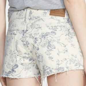 WILDFOX Lara toille denim cut-offs mid-rise shorts